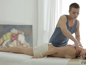 Young masseur fucks anus and wet pussy of Russian customer Vika Volkova