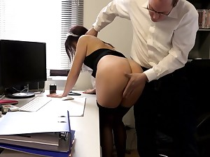 SExy layman maid pussy fucked by the horny panhandler