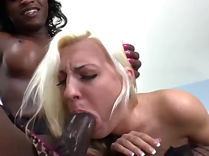 Her first time taking a frowning tranny cock