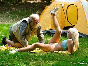 Horny blonde Lovita Fate adores fucking nearby her older collaborate in nature
