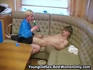 Russian Cougar In the matter of Small Boobs Fuck Rummy Young Man