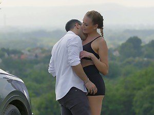 Sex-starved Hungarian chick Linda Leclair hooks all over with barely known guy