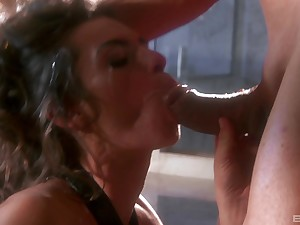 Nothing compares with fucking genius of wild and sexy Naomi Russell