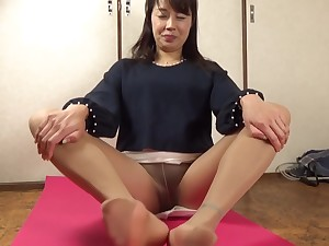 Pantyhose sound 3(Asian Pantyhose feet)